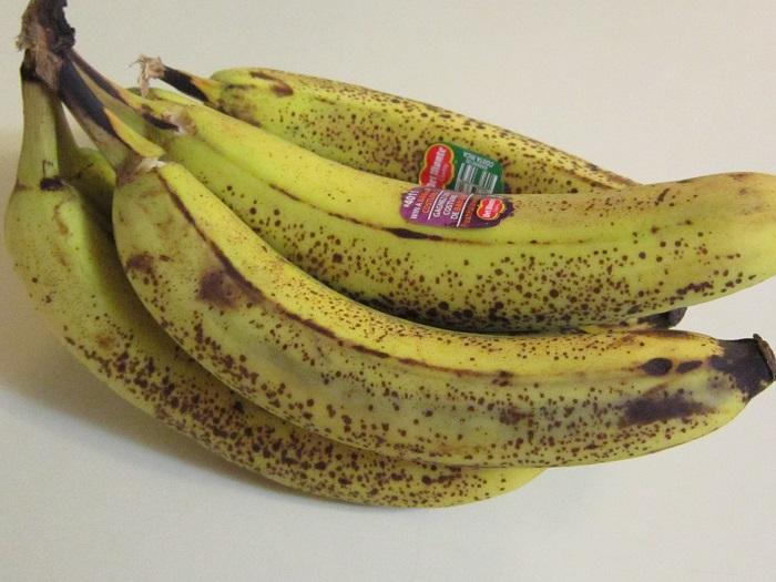 bananas, Wal-Mart produce