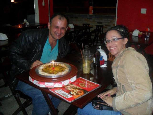 Camilo e Elizandra no Pizzaolo Delivery