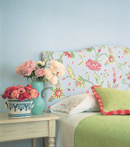 http://www.nardayatakblog.com/2014/08/ideas-for-bedroom-decoration.html