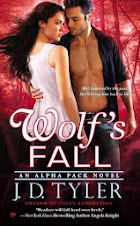 Wolf's Fall (Alpha Pack #6)