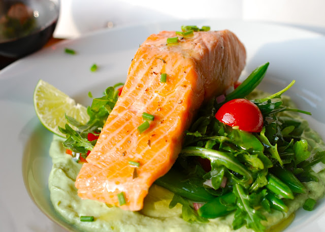 ... : Poaching Salmon again! With Arugula, Snap Peas & Avocado Sauce