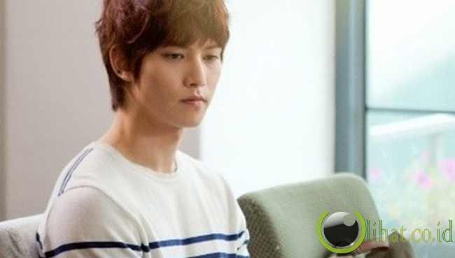 Jonghyun 'CNBlue'