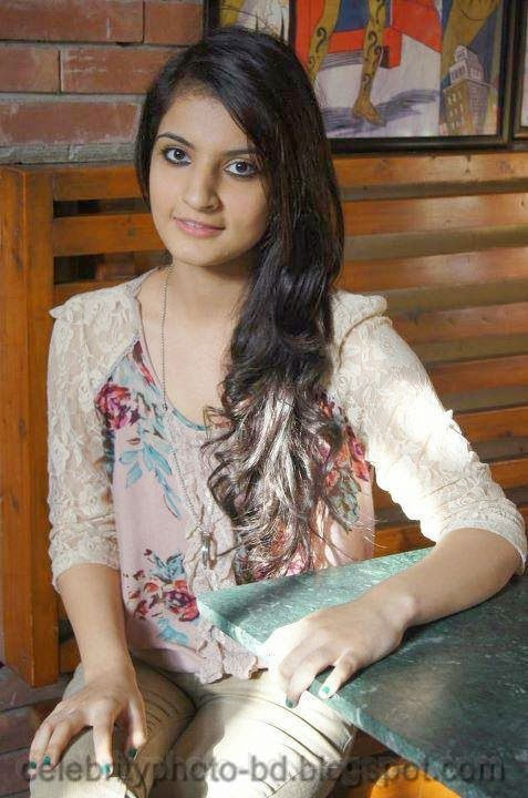 Lahore+Girls++hot+Pictures004