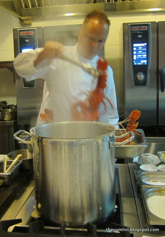 Chef Gunther Hubrechsen, French cuisine, Gunther's Restaurant, Singapore, award winning restaurant, award winning chef, lobster, fine dining