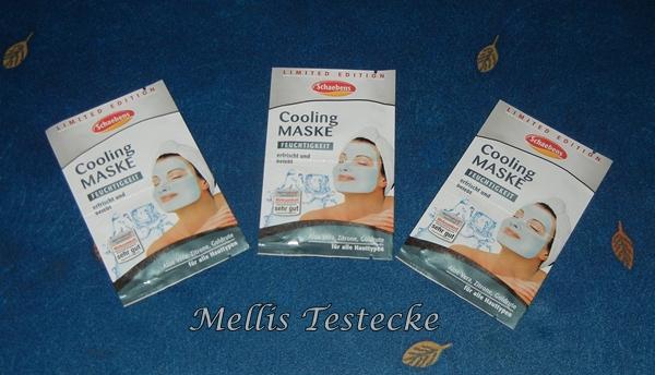 Die Masken für die Gesichtshaut festziehend die Haut