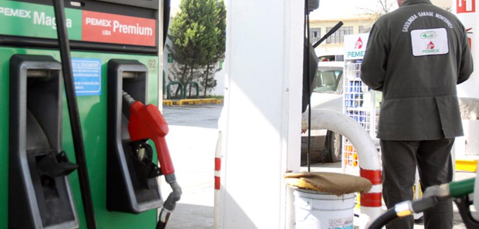 Como copiar el gasto excesivo de la gasolina de la instalación