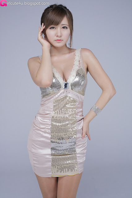 Ryu-Ji-Hye-V-Neck-Sequin-Dress-09-very cute asian girl-girlcute4u.blogspot.com