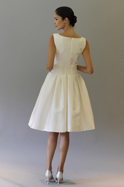 vestido_novia_HayleyBack_Carolina_Herrera