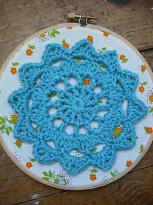 free crochet pattern motif