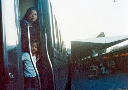 02-1975-and-2005-Spain-Photographer-Chino-Otsuka-Imagine-Finding-Me-www-designstack-co