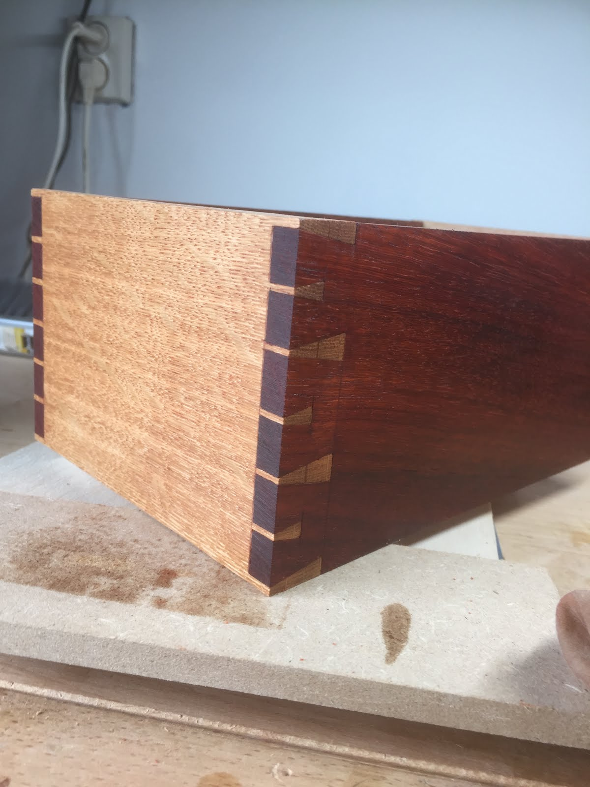 Houndstooth Dovetail
