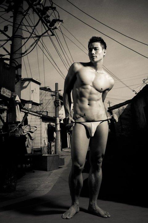 Ngo Tien Doan sexy in ThaiLand - Mr International 2008