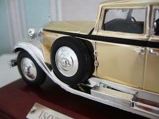 maqueta escala 1/43 de un Isotta-Fraschini Tipo 8