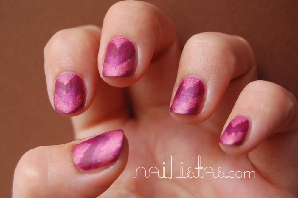 Reto >>> 02 Chevron Nails // Gradient Chevron nails in wine colours ...