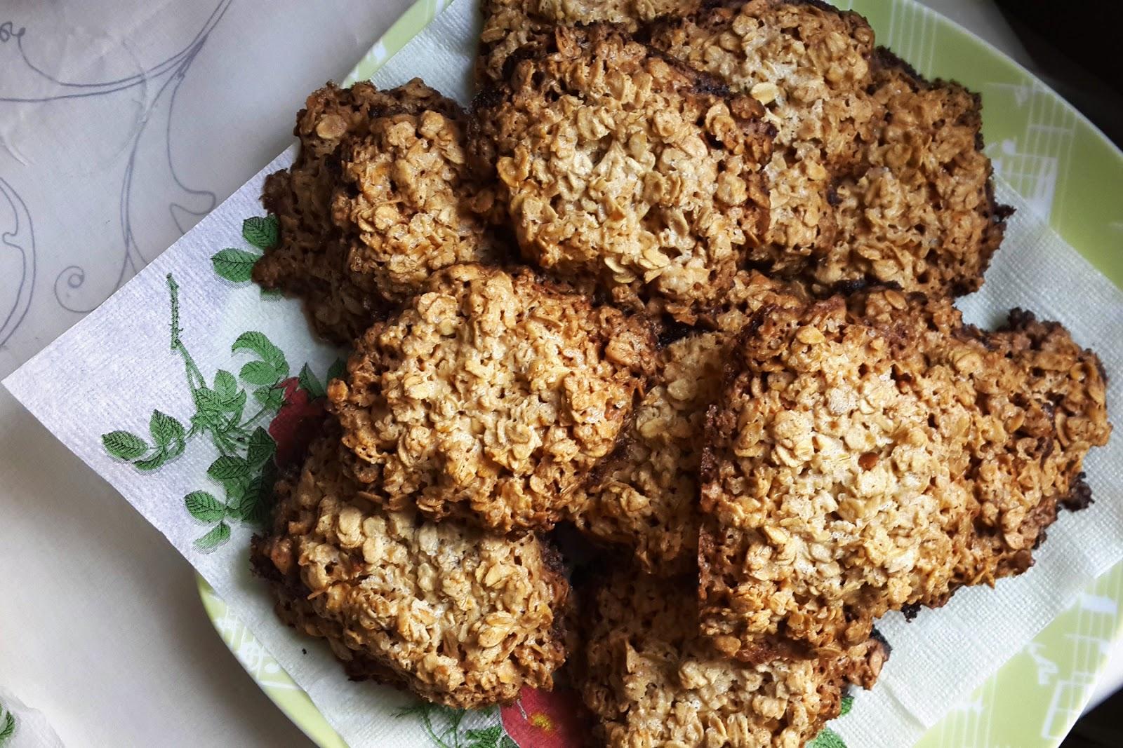 печенье, овсяные хлопья, геркулес, выпечка, рецепт овсяного печенья