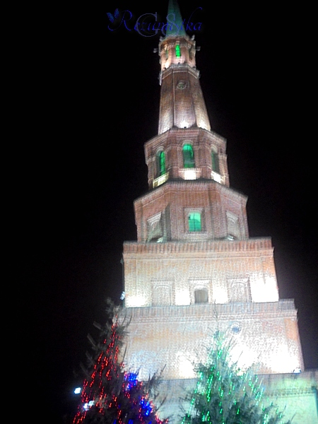 вечерняя башня в Казани