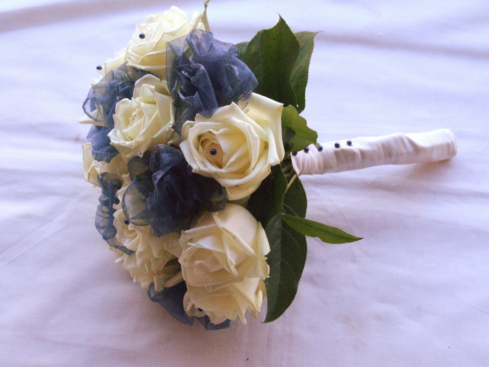 Rjs Florist Ivory And Navy Blue Wedding Flowers
