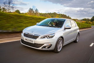 New-Peugeot-308-Compact-Hatchback-Picture-photo-image