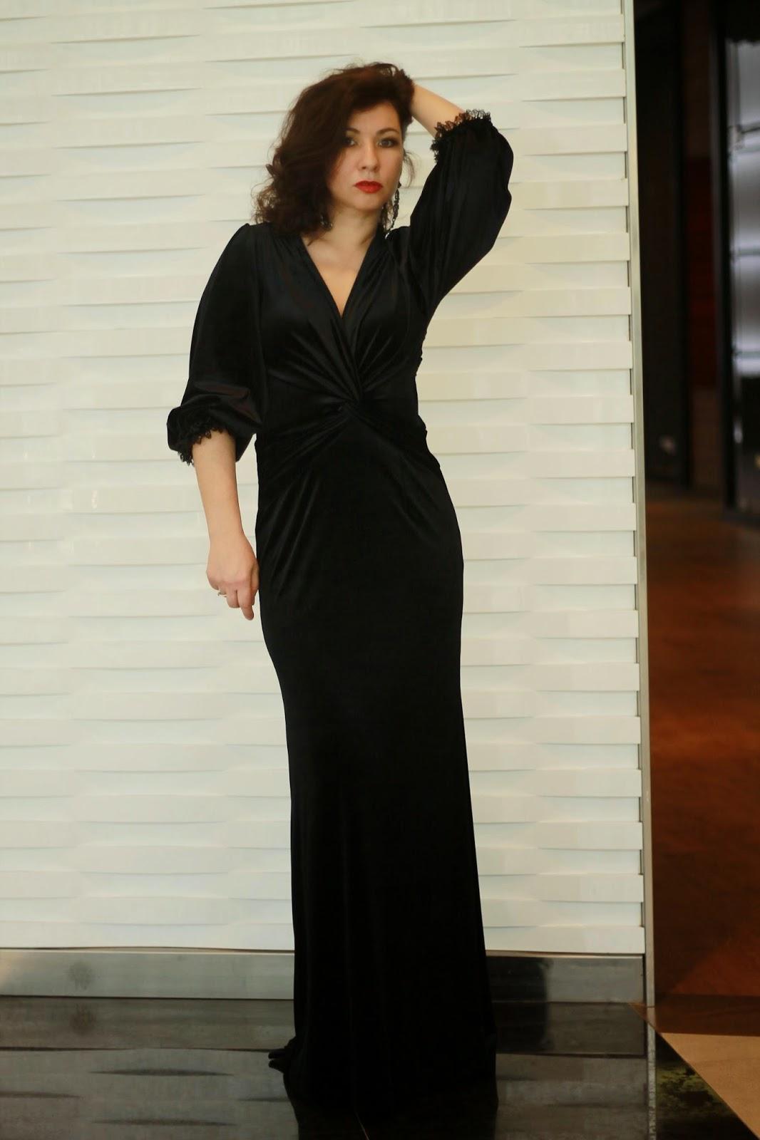 Фото платья с открытой попой 17 фотография