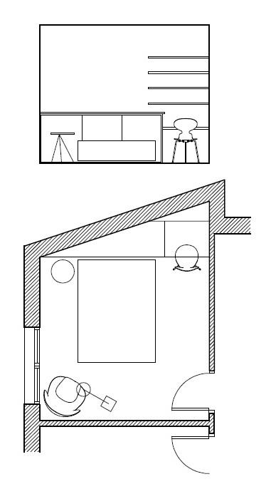 Planos low cost un dormitorio con forma irregular for Mueble que se pone a los pies de la cama