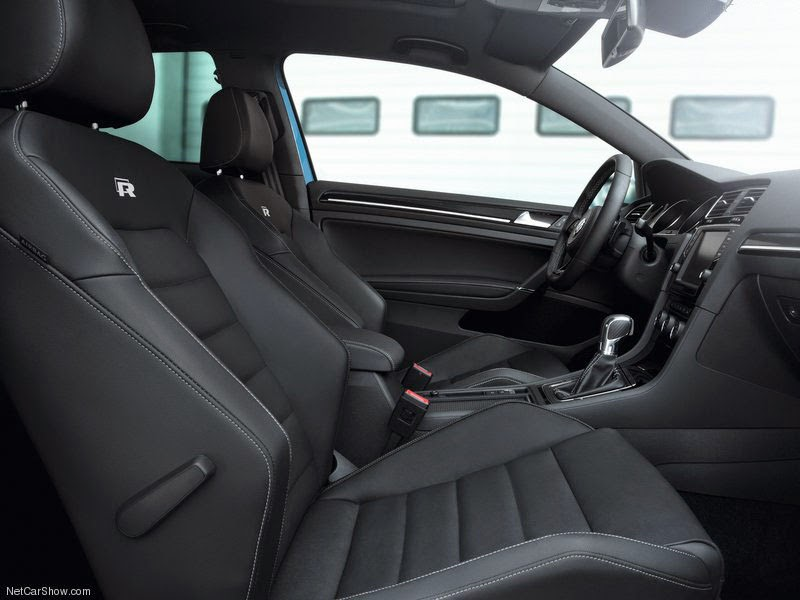 carro Volkswagen  VW Golf R 2014 - Interior