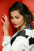 Hashika Dutt latest glam photo shoot-thumbnail-8