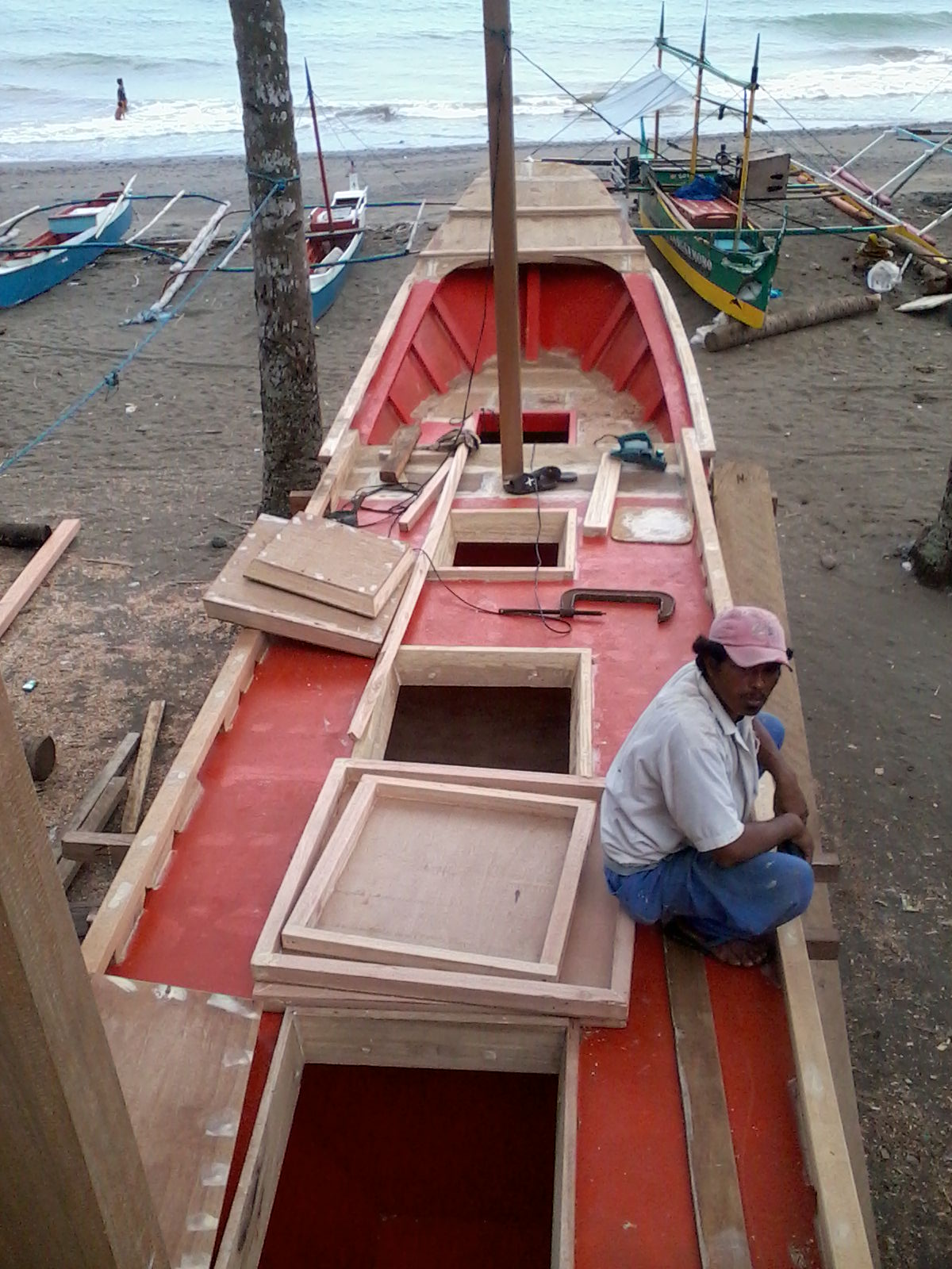 Philippine tuna fishing what kind of plywood works best for Tuna fishing boat
