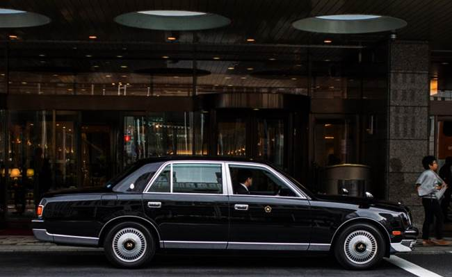 Toyota V12 Luxury Limo is Almost 50 Year's Old