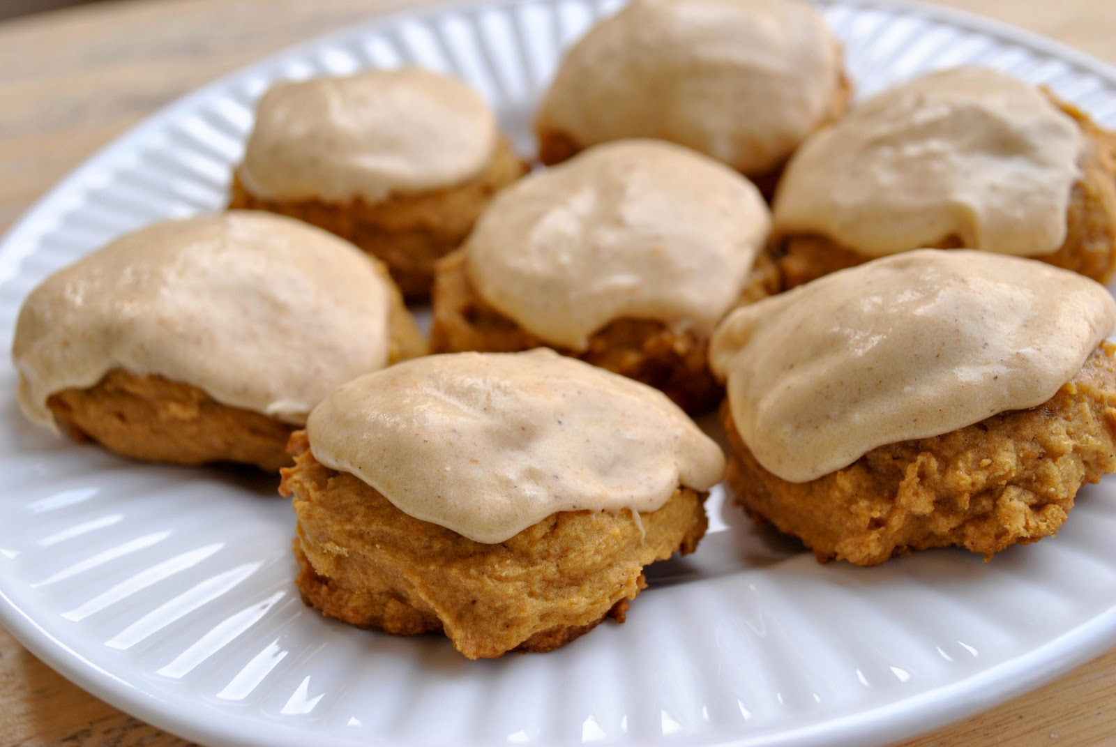 little bits: Frosted Pumpkin Cookies {recipe}