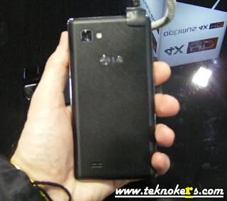 Harga Dan Spesifikasi LG Optimus 4X HD P8880 Ponsel Quad Core ICS Keunggulan