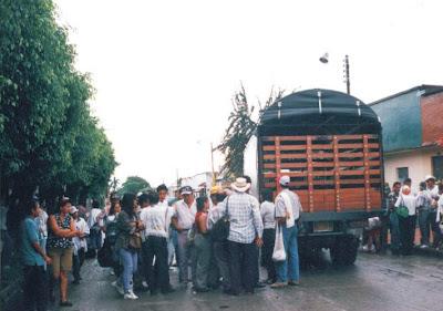 Más de 444 desplazados y aterrorizados campesinos llegaron a Pastoral Social de Villavicencio entre el 22 y el 25 de julio de 1997