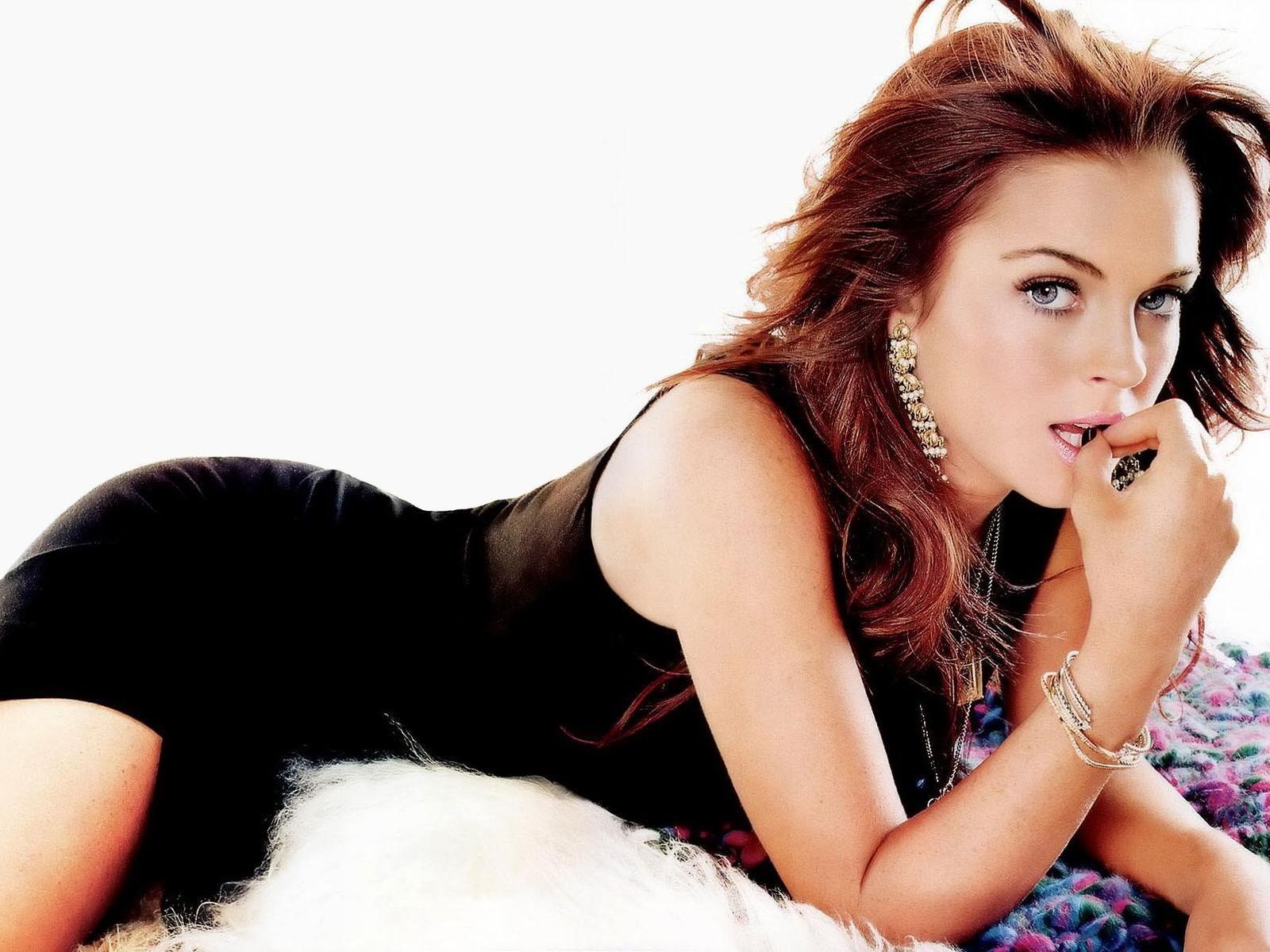 http://1.bp.blogspot.com/-708B12jMWnU/TWWHF17WHII/AAAAAAAABkM/RoqXq5WSqdg/s1600/Lindsay-Lohan+2.jpg