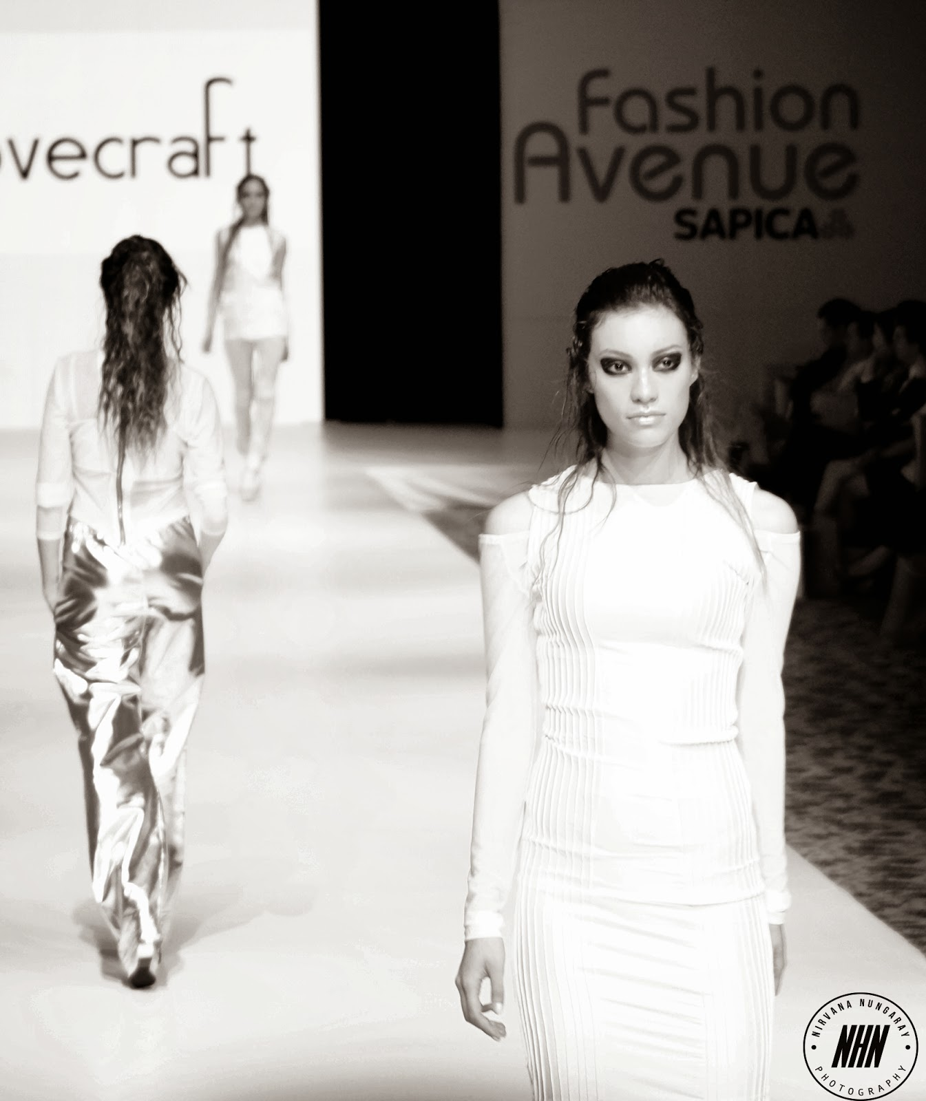 sapica, backstage, fashion avenue, paulina lovecraft, nirvana nungaray photography, pasarela, calzado oveja, diseño mexicano.