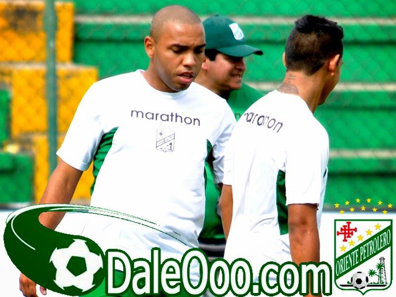 Oriente Petrolero - Thiago Dos Santos - Eduardo Villegas - Rodrigo Vargas - DaleOoo.com web del Club Oriente Petrolero