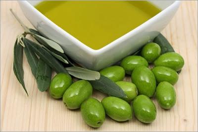 Kecantikan-Minyak Zaitun-Olive Oil-Tips Kecantikan-Awet Muda Alami-Tips Awet Muda