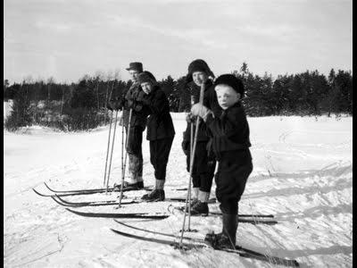 Martti Ylävaaran koostamasta Lohijärven Kylähistoriakirjasta