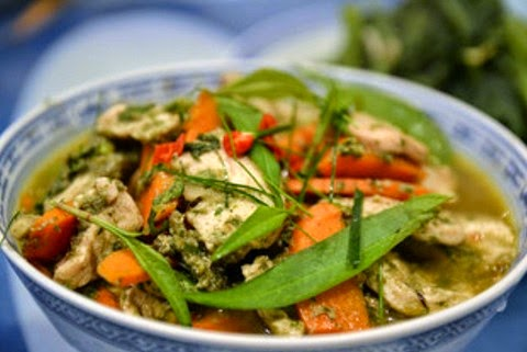 Flavorful Thai jungle curry chicken recipe