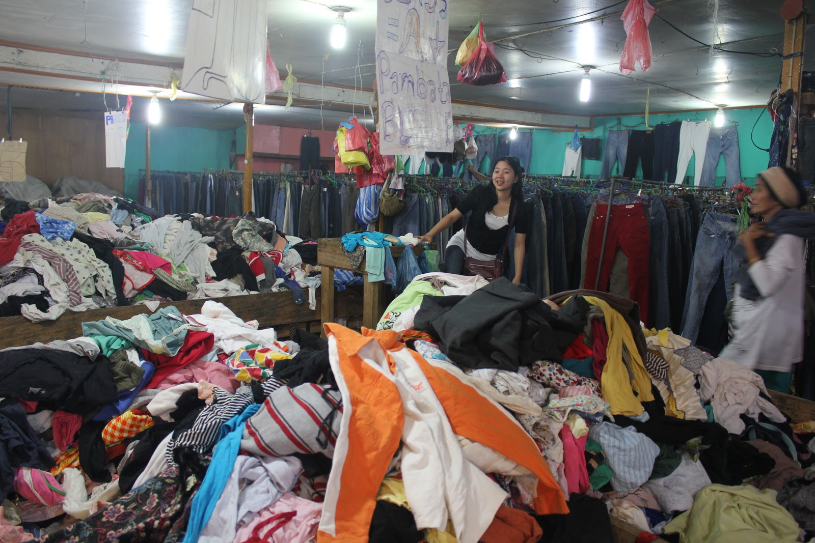 ukay ukay Ukay-ukay shopping is like treasure hunting, but instead of looking for a treasure, you are literally digging from the piles of clothes which are mostly vintage and of high value the ukay shopping phenomena all started in baguio.