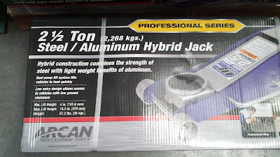 Work on your car with the Arcan 2.5 Ton Hybrid Floor Jack HJ2500