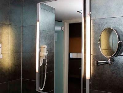 baño moderno iluminación