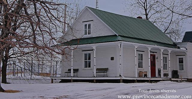province canadienne le long du richelieu. Black Bedroom Furniture Sets. Home Design Ideas