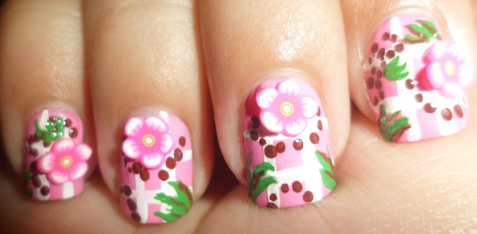 Дизайн свит блюм на ногтях