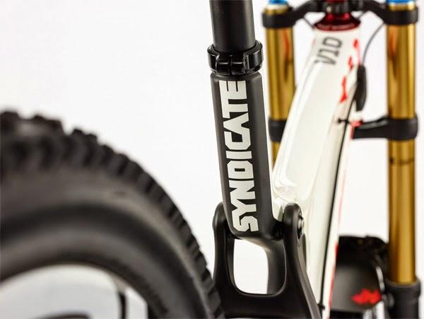 2015 Santa Cruz V10 Details Rear