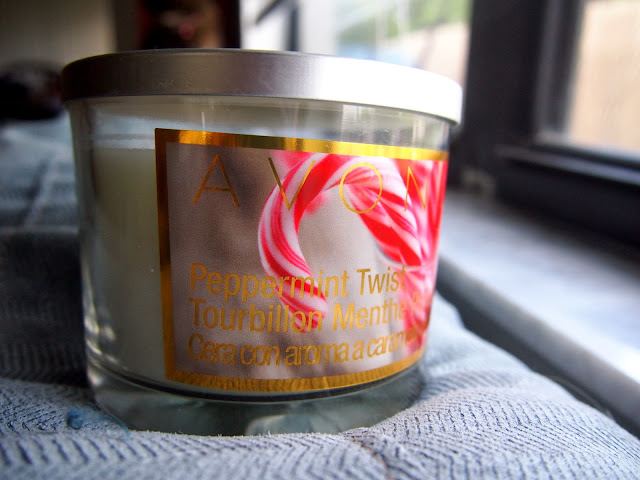 Avon Peppermint Twist Candle