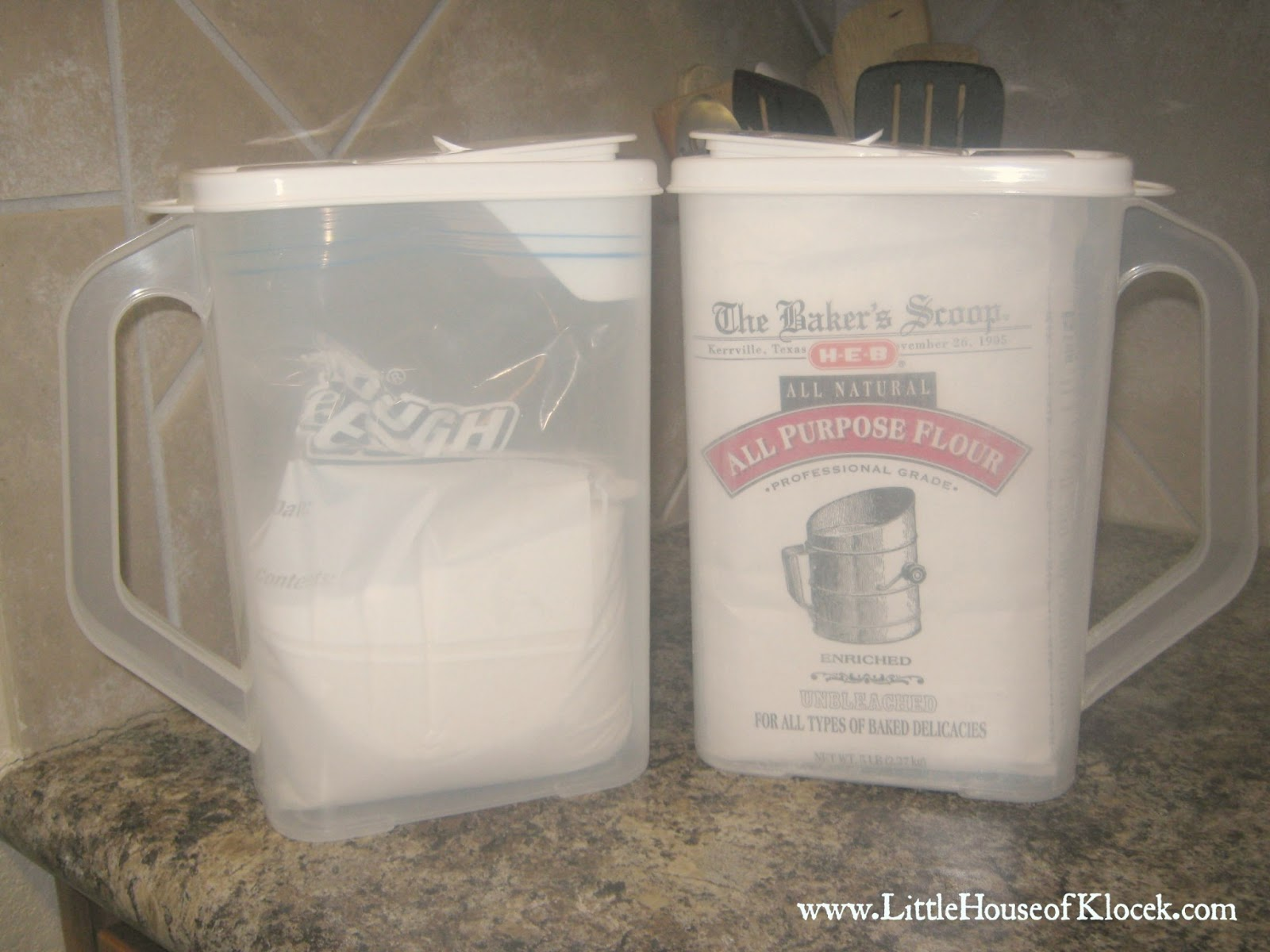 Wonderful Buddeez Flour And Sugar Storage Containers