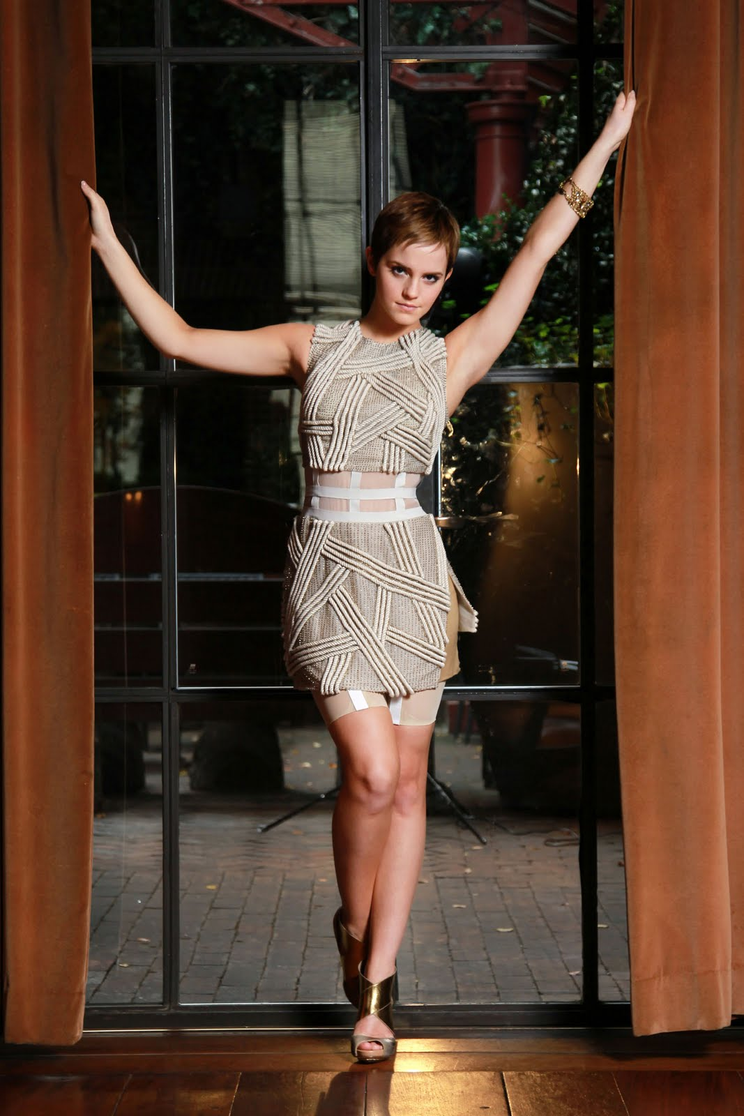 Hd wallpaper emma watson - Emma Watson Photoshoot Dress Images Amp Pictures Becuo