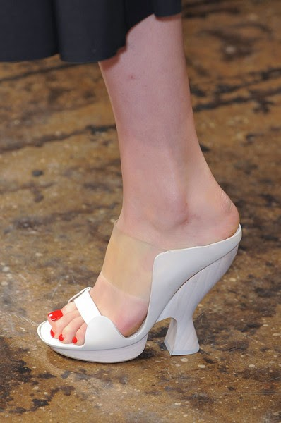 DONNAKARAN-elblogdepatricia-shoes-trendalert-uglyshoes-calzado-calzature-scarpe