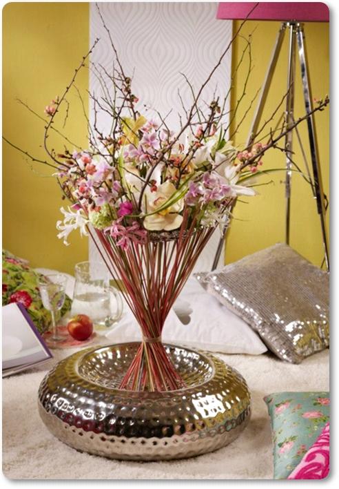 vårbukett, annorluda bukett, spring bouquet, faux bouquet, blossom twigs, blommande kvistar, annorlunda bukett