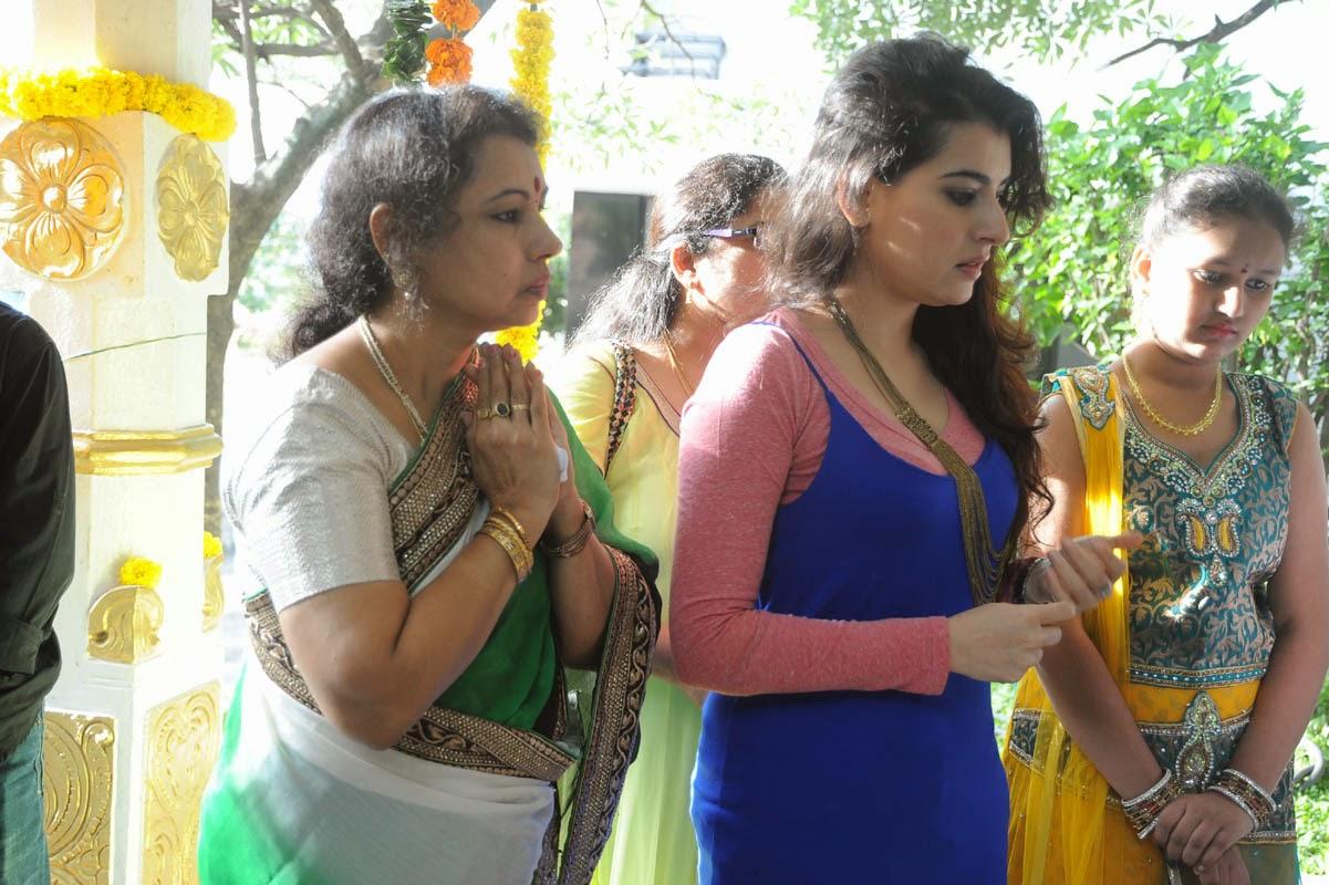 Padmavathi Art Productions new movie launch-HQ-Photo-2