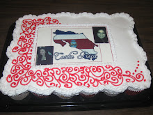 Pastel de cupcakes con oblea y glazé